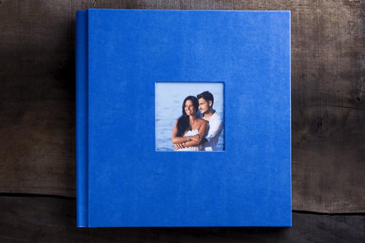 engagement-photo-album-aria-engagement