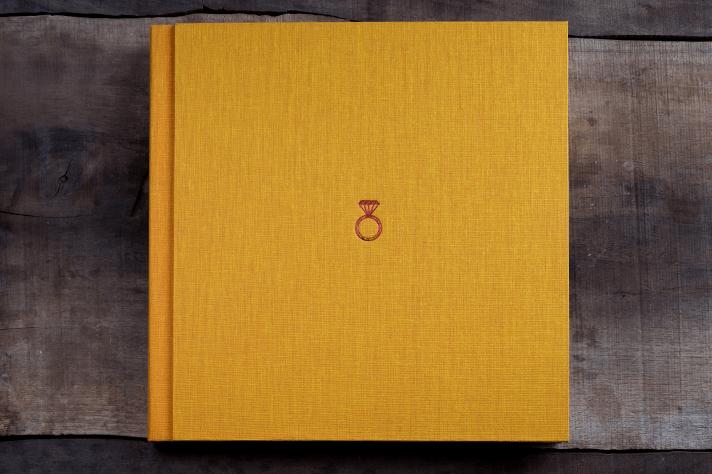 engagement-photo-album-tipo-color-engagement