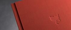 Album Boudoir rivestito in tela effetto seta con debossing cliché