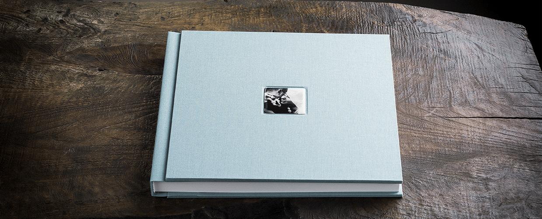 Album per matrimonio rivestito in tela con inserto fotografico ricoperto di resina